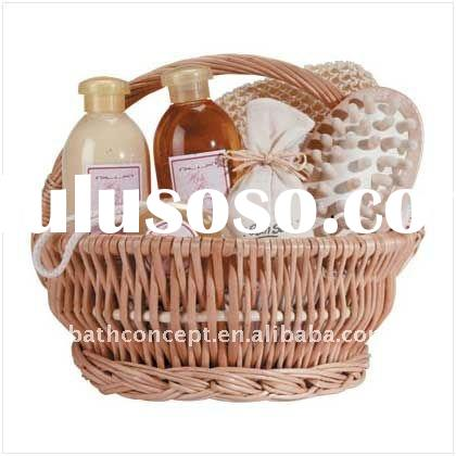 Customize Label Luxury Spa Bath Gift Set packed in Rattan basket (With Optional Contents)