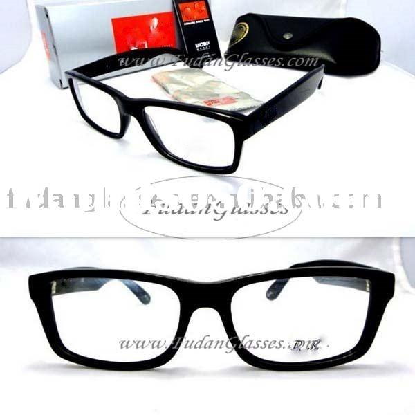 Fashionista On The Web: Designer Glasses Frames