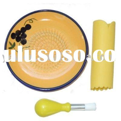 ceramic grater plate,grater plate set with brush and peeler