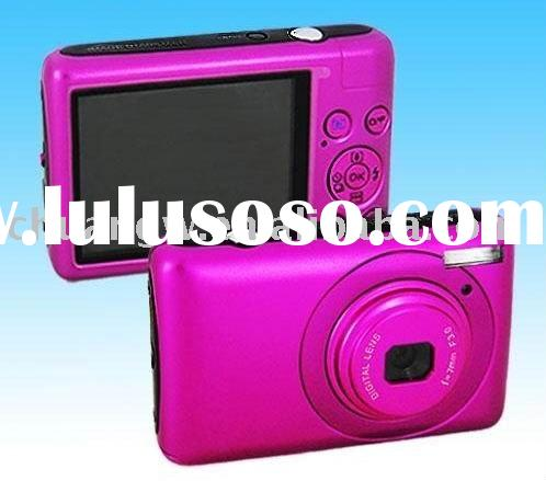 "14.1 MP 2.7""color TFT LCD Digital camera with 8X digital zoom"