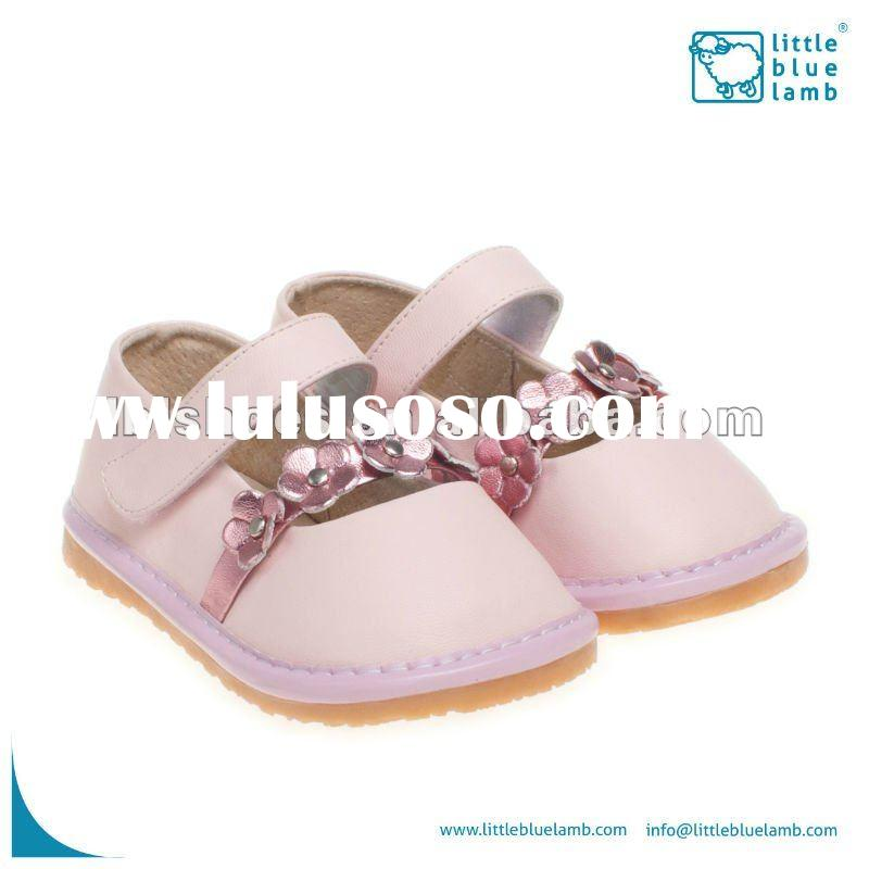 2012 new designed girls leather squeaky children shoes pink SQ-A11304-PK