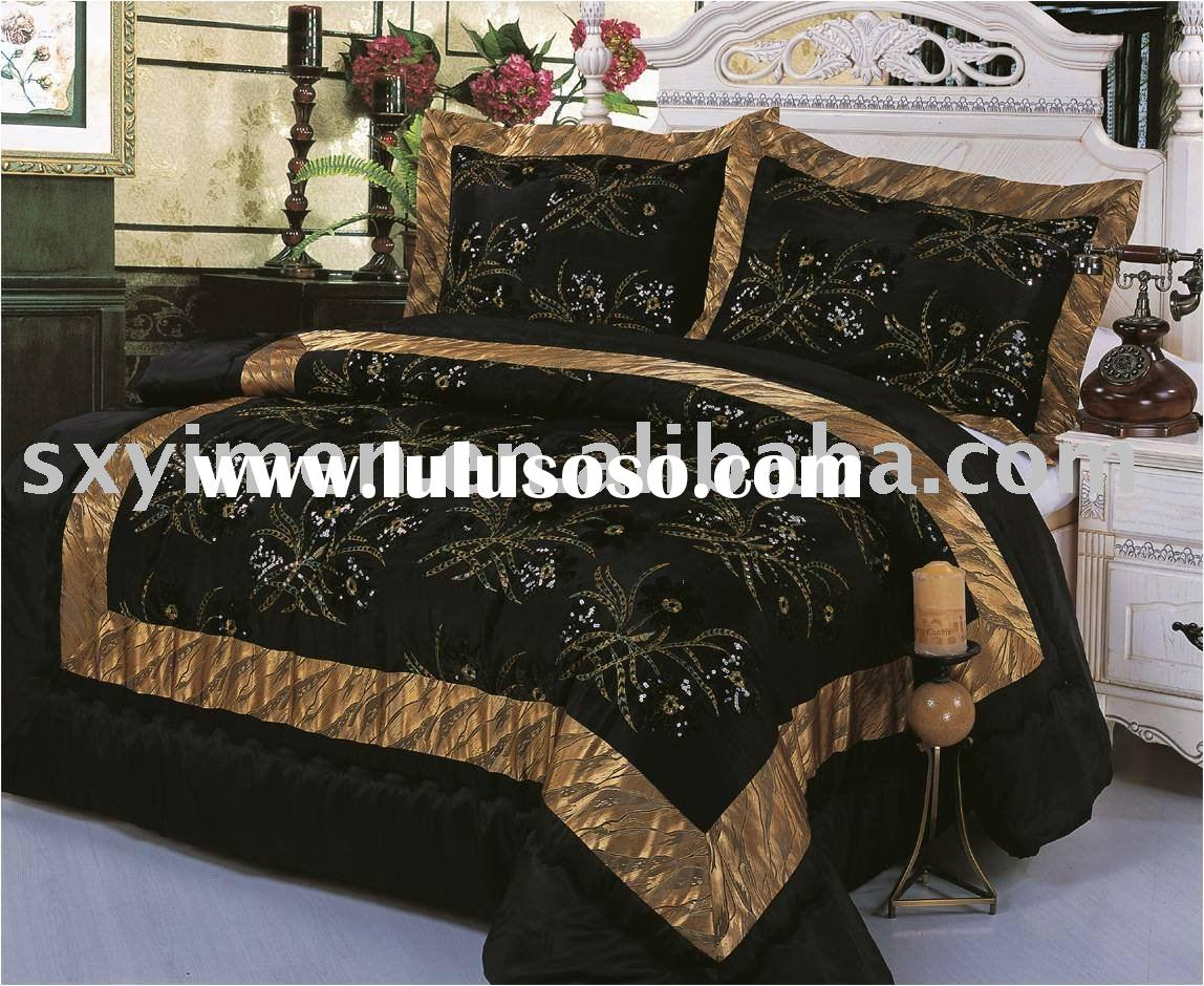 3 Pcs Taffeta Comforter Set With Embroidered Shiny Flower