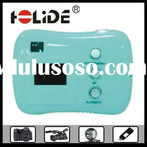 Hot Sale Fashion Mini Low Price Digital Camera as 2011 Gift Ideas with Nice Appearance, Good Quality