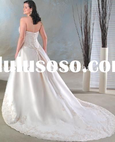 PLW005 Free shipping strapless embroidered organza lace up plus size wedding dress