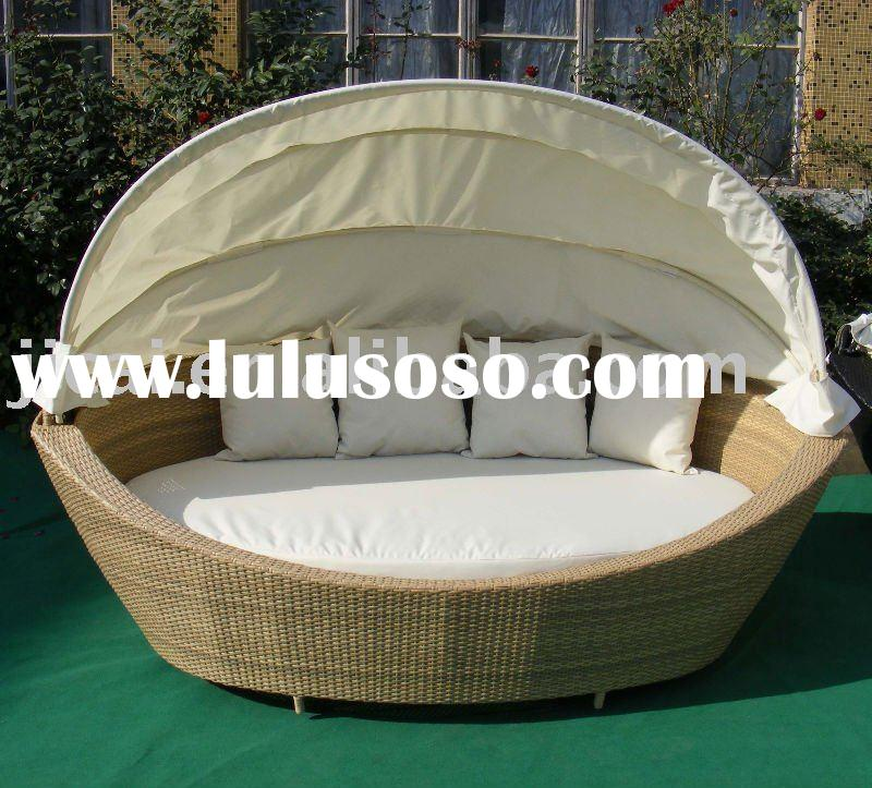 rattan round lounge rattan round lounge manufacturers in. Black Bedroom Furniture Sets. Home Design Ideas