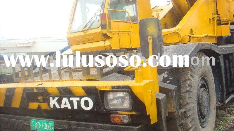 Sell used 30 tons tadano crane, used Rough Terrain crane (original made-in-Japan)