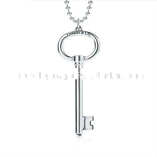 Solid 925 sterling silver lock pendant necklace