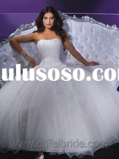 Strapless and embroidered white organza stylish wedding dress h-09390