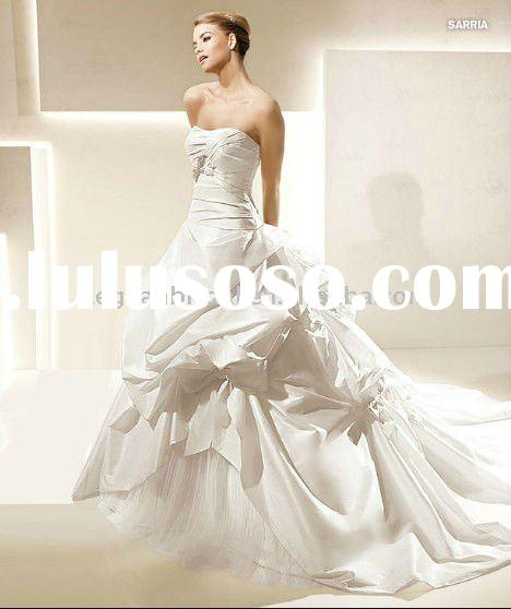 Strapless pleated taffeta corset bodice ball gown 2012 wedding dress L7429