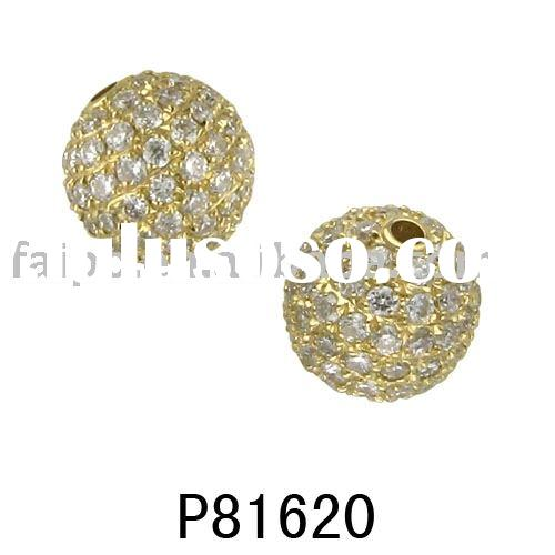 18 carat gold with diamond balls shape pendant