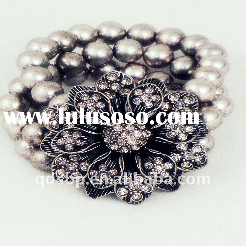 2011 fashion charms beads crystal bracelets and bangles