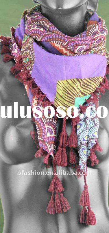 2011 new fashion geometric pattern printed cotton square scarf with handmade tassel