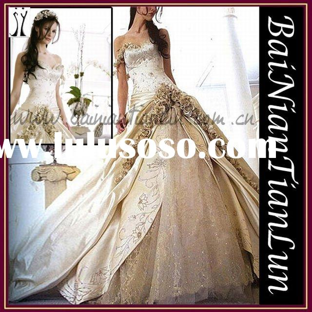 2012's hot sale 0018 beautiful wedding gown