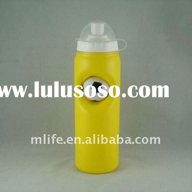 500ml food grade BPA free HDPE recycled sports water bottles with a football