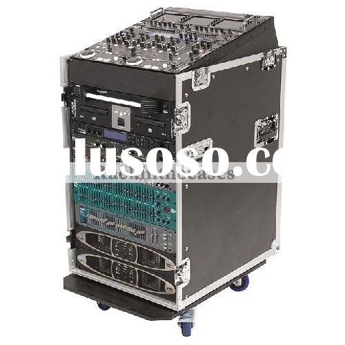 CASE FOR MACKIE CFX16 MIXER ON THE TOP AND 12u VERTICAL RACK WITH CASTER BOARD