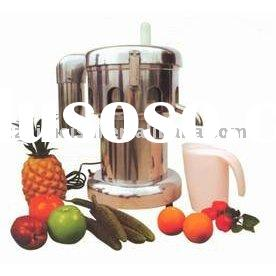 Carrots, celery, cucumbers, apple,tomatoes commercial Juice maker