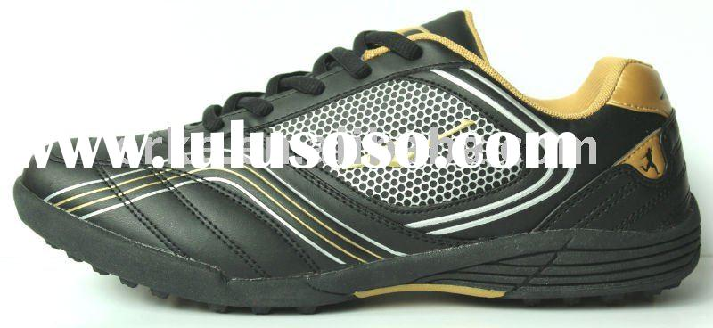 Cheaper Football Sports Shoes