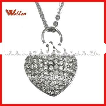 Exquisite Stainless Steel Heart Pendant