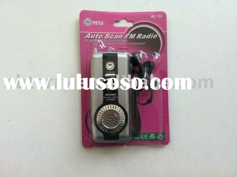 FM auto scan radio with speaker and flashlight
