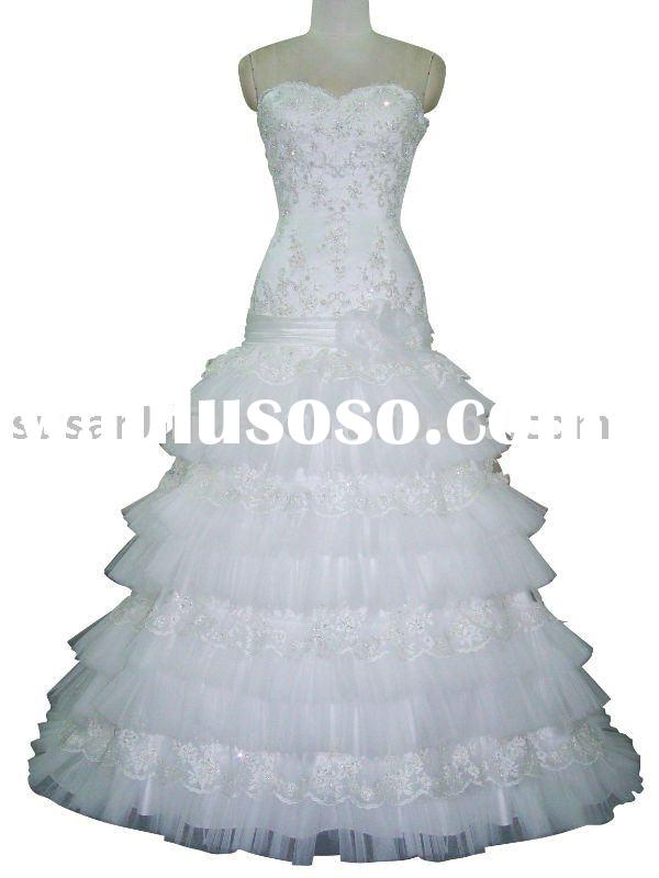Fashion Beaded And Embroidered Wedding Dress
