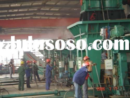 Hot rolling mill for strip steel