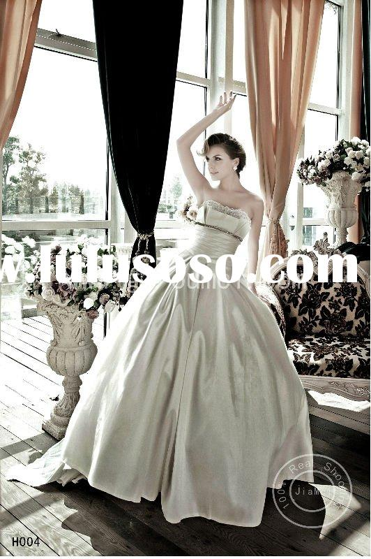Japan style Wedding dress lace beads appliqued waist basque bridal gown