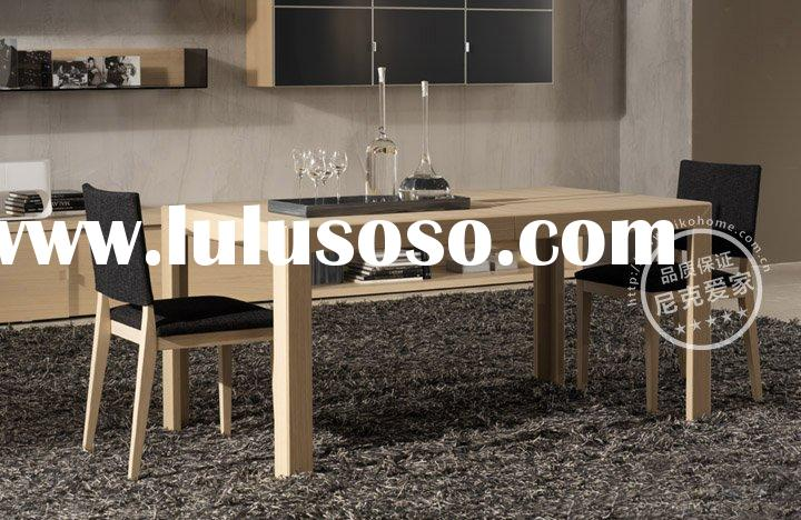 Modern Wood Dining Table and Dining Chairs