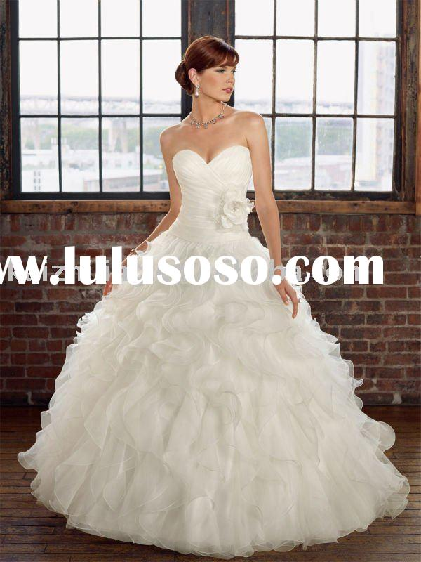 Puffy ball strapless sweet heart ball gown wedding bridal dress 2011 wedding dress