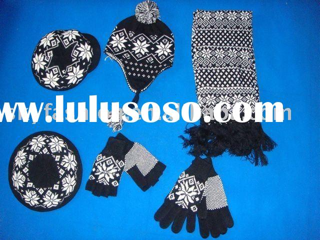 Scarf hat and glove set