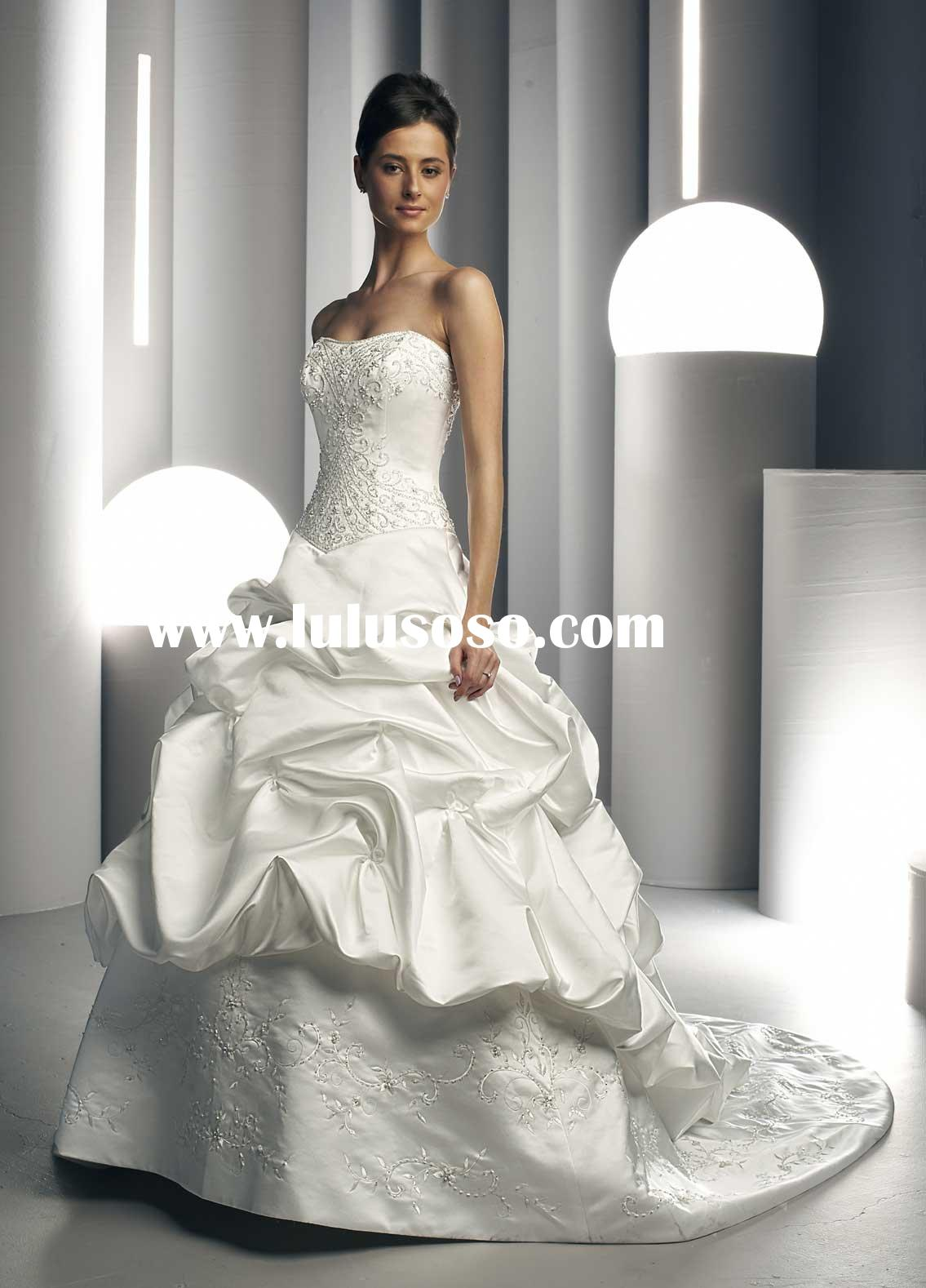 W169 Fashionable beautiful strapless ball gown wedding gown