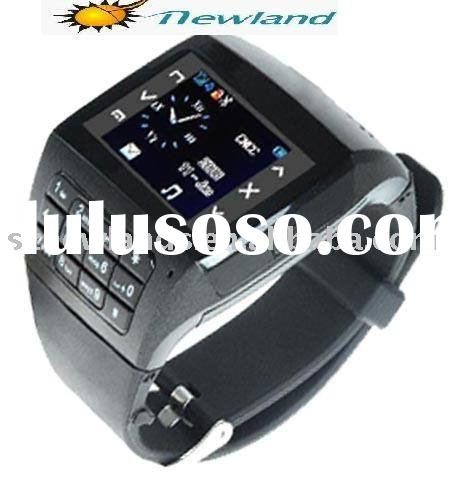 Wholesale GSM Watch Phone Q8 Quadband MP3 MP4 Bluetooth 1.4TFT Touch Screen Wrist Cell Phone