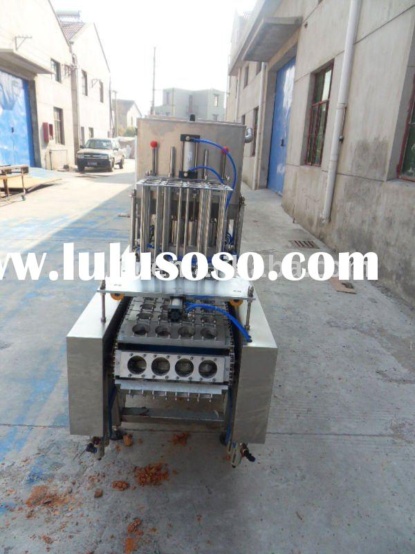 Yogurt milk filling and sealing machine