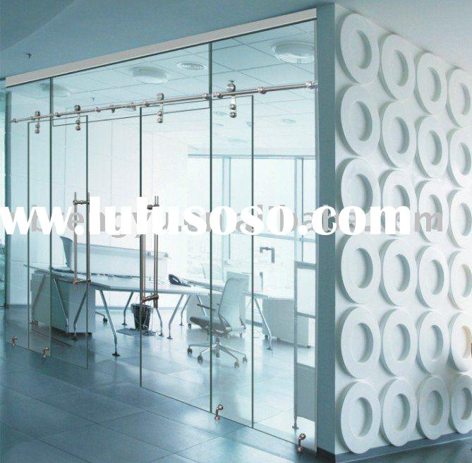 Frameless Sliding Glass Door 669 x 656