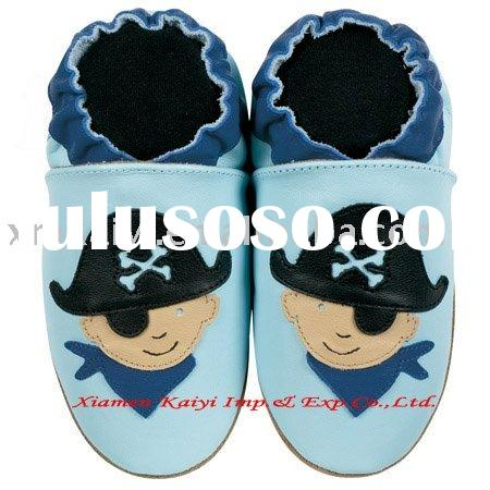 leather baby shoes in fashion design