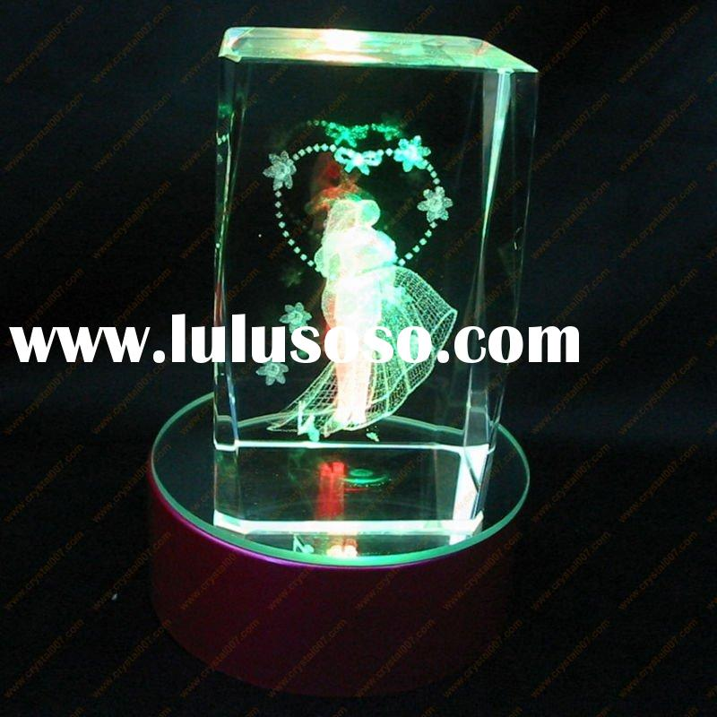 romantic crystal wedding gifts with light base