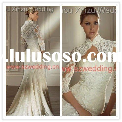 2011 Classic Light Ivory High Neck Long Sleeve Embroidered Lace Bridal Wedding Dress DB2647