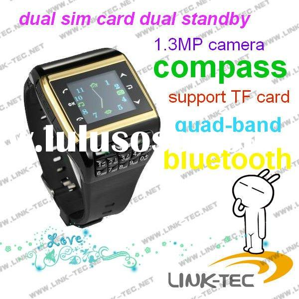 2011 hot sale dual sim card watch phone Q8
