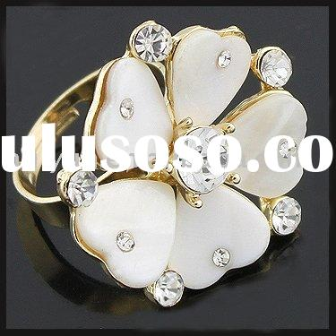 2011 newest fashion rings diamond ring with acrylic