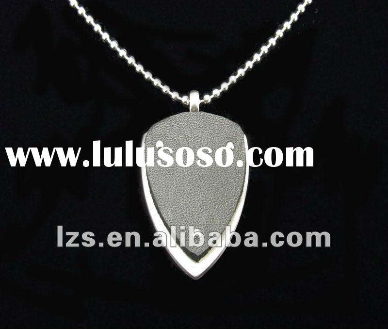 2012 fashion jewelry stainless steel leather pendant