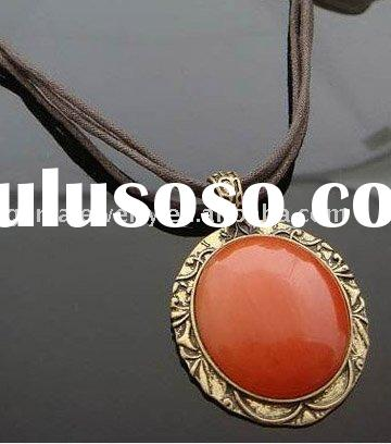 Big Stone Fashion Jewelry Necklace With Imitation Leather Rope