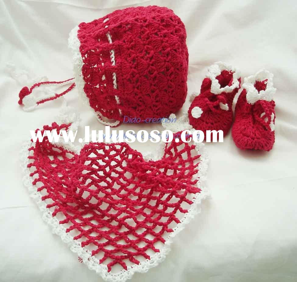 DD99001 Handmade Crocheted Baby Hat Shoes Scarf Set
