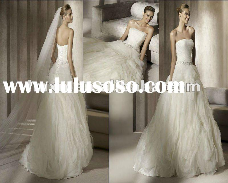 Designer A-Line Strapless Ivory Ruffle Organza 2012 Wedding Dress