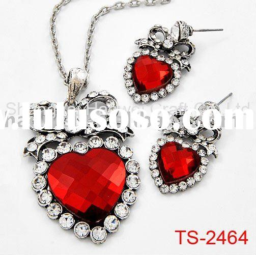 Fashion Heart Necklace and Earring Set