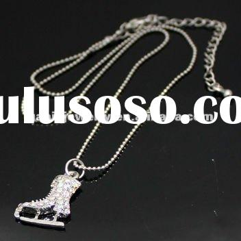 Fashion Jewelry Necklace With Ice Skate Pendant