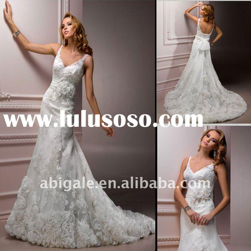 Halter V-neck A-line Lace Vintage Wedding Dress(MS10131)