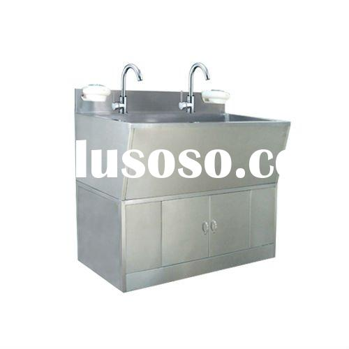 Hospital Using Stainless Steel Scrub Sink Station