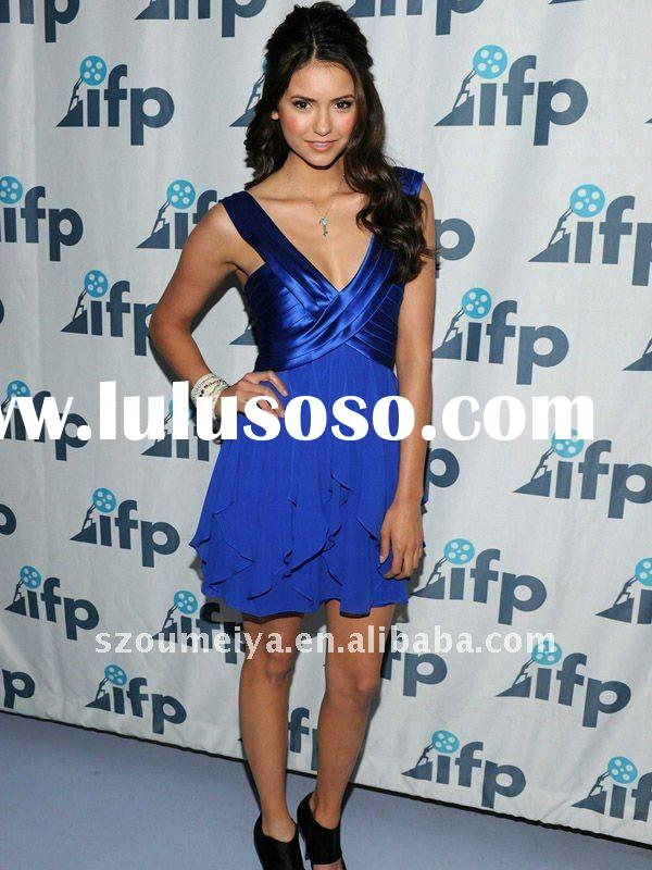 ONC15 Nina Dobrev Brightened Up the Room In Royal Blue Dress