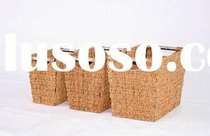 Seagrass basket with stainless steel handle