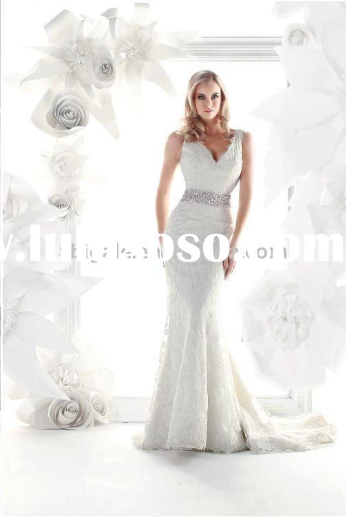 Sleeveless V-neck Mermaid Lace Bride Wedding Dress