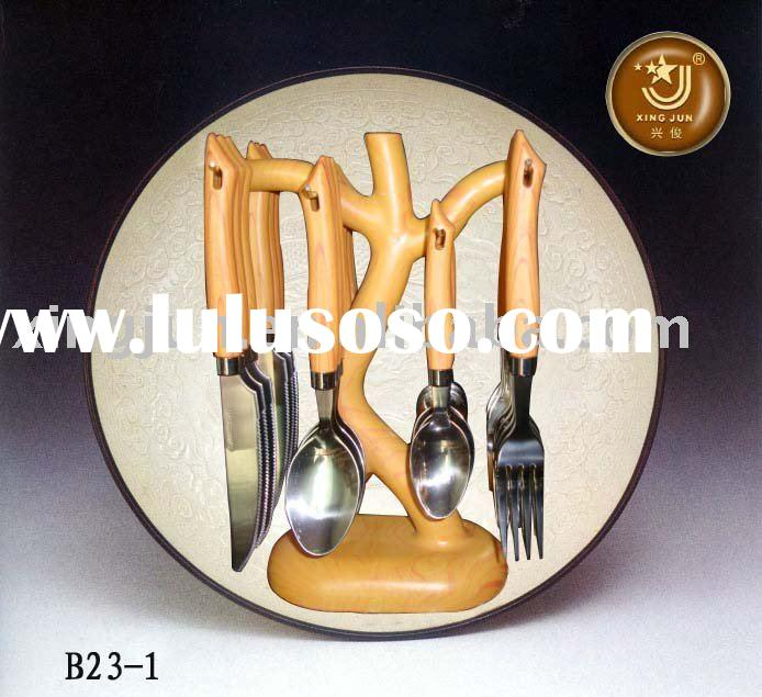 Hanging Flatware Set 24 Pieces | Decorating Catalogs